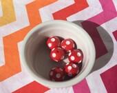 Red Polka-Dot 20mm Bubblegum Beads
