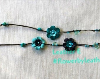 Pat's leather flower lariat - three tone blue