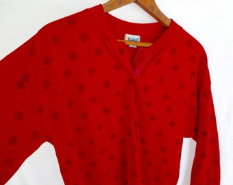 90s Men Shirt Red Print 3 Button Long Sleeve Small Crew Neck