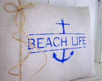 Decorative pillow, beach decor, nautical decor, shabby chic, farmhouse decor, beach pillows, accent pillows, sand dollar,