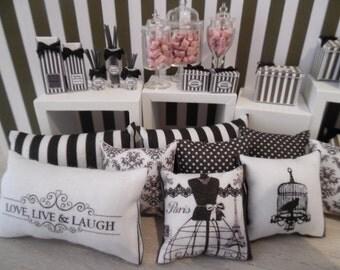 1:12 DOLLHOUSE BLACK & WHITE Pillows