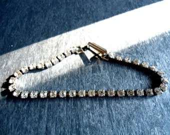Vintage Rhinestone Braclet Single Row