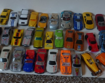 vintage die cast cars lot of 35
