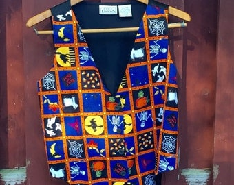 Vintage Halloween Print Cotton Vest Size Small / Witches Vest / Bats Vest /  Candy Corn Vest / Halloween Party Outfit