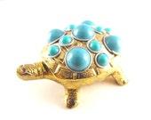 Vintage Trinket Box Brass Turtle Turquoise Thermoset Plastic Bead Details