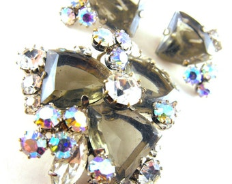 Rhinestone Brooch Earring Set Unusual Cut Smokes Clears ABs Wire Over Design