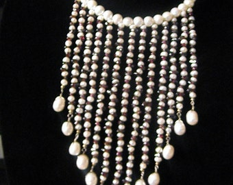 Daring Freshwater Pearls And Garnet Necklace