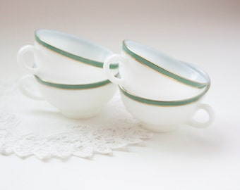Vintage Regency Pyrex Cups - Set of 4