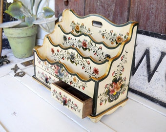 Vintage 1970s Tole Painted Desk Caddy French Country Rose Mauling Victorian Cottage Wood Letter Memo Holder Desktop Organizer Cubbyhole Box