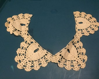 Hand Tatted Lace Collar