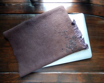 "Wool Felted 13 ""Macbook Sleeve, MacBook 13 Pro case, Laptop, Felted Wool Note Book Cover, momoish made"