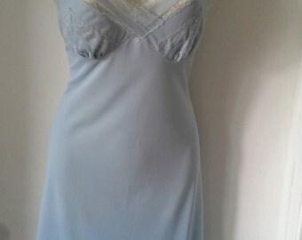 Vintage baby blue nylon lace slip med