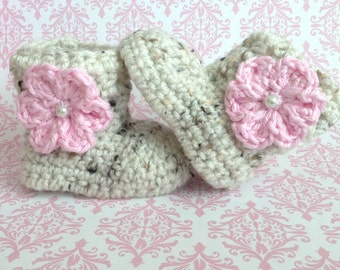 Baby Girl Boots, Crochet Baby Girl Booties, oatmeal Baby Booties with Pink Flower, Newborn Boots, Baby Boots, Baby Shower Gift