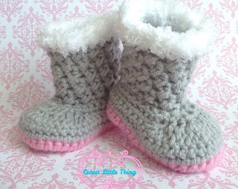 Baby Girl Boots, Crochet Baby Girl Booties, Newborn Booties, Crocheted Booties, Gray Booties with Pink sole, Baby shoes, Baby Shower, UGG