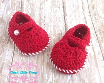 Red Shoes, Christmas Booties, Girl Shoes, Crochet Booties, Baby Girl, Crochet Shoes, Newborn Shoes, Baby Shower Gift