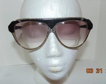 Vintage Laura Biagiotti sunglasses bi-focals Black mother of pearl flecks Womens