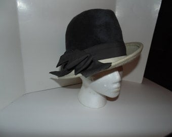 Vintage Glamour Faux Fur Martelle Hat Fedora Chapeaux Grey Cream Bow West Germany Bambergers New Jersey