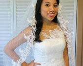 Lace elbow length wedding veil, diamond white, one tier, cheap, fingertip length with attached comb