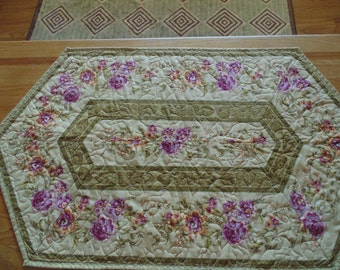 Pink Roses on Gold Table Runner