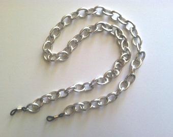 The mattie silver tone aluminum chunky chain eyeglass holder.