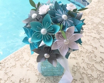 Ice Princess- Paper Flower Bouquet// Paper Bridal Bouquet //Kusudama Origami Bouquet/ Wedding Bouquet/ Bridal Bouquet/ Bridesmaid Bouquet