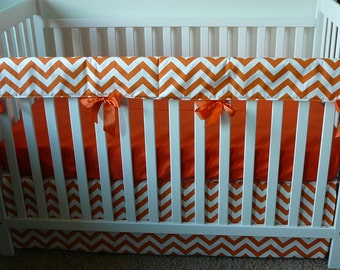 Bumperless Crib Set In Premier Prints Orange Zigzag