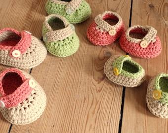 Button Buckle Shoes - Instant Download PDF Crochet Pattern