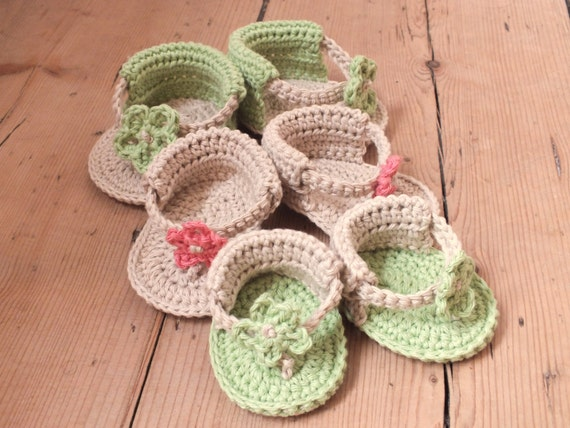 Baby Flower Sandals - Instant Download PDF Crochet Pattern