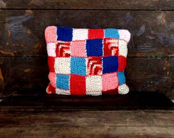 Vintage 60s hand knit/crochet blanket pillow/square/patchwork knit pillow