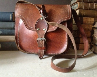 Leather Saddlebag Purse, Rustic Satchel Handbag Vintage Artisan Rustic Brown Flap Top Buckle Bag