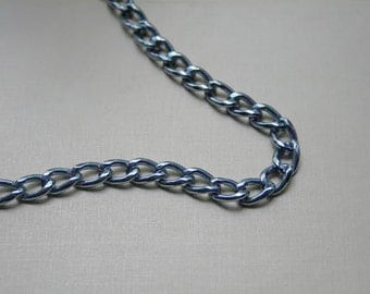 Vintage Chain Necklace/So 80s Style/Metallic Blue Chain/Vintage Chain/Vintage Necklace/1980s Style