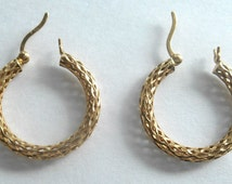 Vintage 14K Earrings Filigree Hoop Pierced