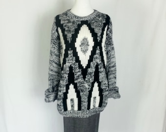 Vintage 80's Sweater Large Slouchy Sweater Oversized Sweater 80's Black White Sweater Boyfriend Tribal Sweater Knit Diamonds Extra Large D