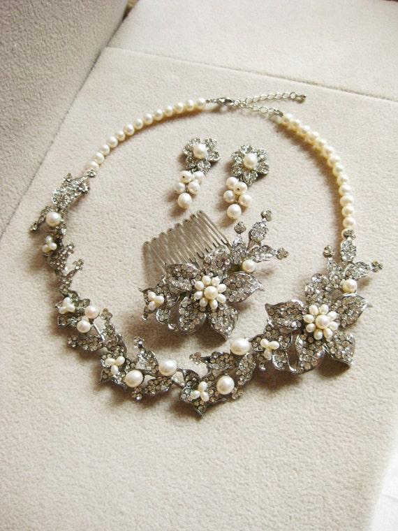 Floral Bridal Jewellery Set, Set of 4, Choker, Earrings, Hair Comb, Ivory, Pearls