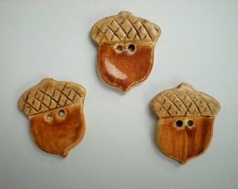 Ceramic acorn buttons - Set of 3 - Brown