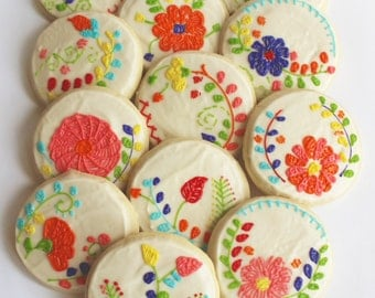 Mexican Embroidery / Floral Embroidery / Flower Sugar Cookies with Buttercream Frosting