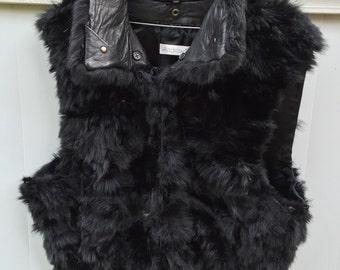 Fur Andrew Marc black vest 100% New Zealand Opossum Fur