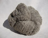 Pure wool from grey-brown sheep from Romania