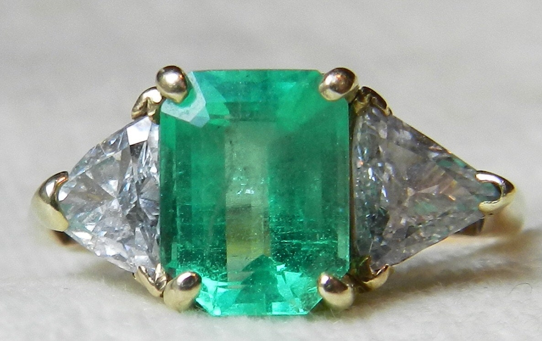 emerald ring 2 5 carat columbian emerald ring by