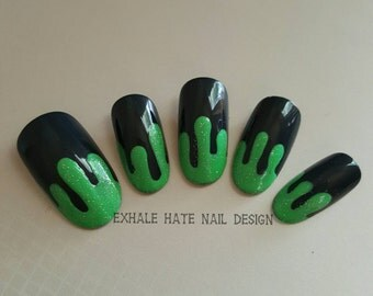 Glittery Green Goo Slime Drip Halloween False Nail Set - Stiletto, Coffin/Ballerina, Oval, Square