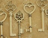 skeleton key lot (24) antique skeleton key jewelry supply wedding favor key set silver keys antique silver bulk rustic key wedding keys