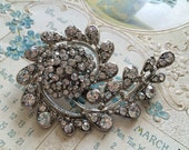 Romantic shaped Swarovski rhinestone crystals wedding bridal bridesmaids flower girls brooch pin