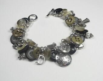 Custom Button Bracelet Personalized Keepsake Family Memorial Heirloom Jewelry Gifts for Her Mom Grandma Sister Widow BJGBC1