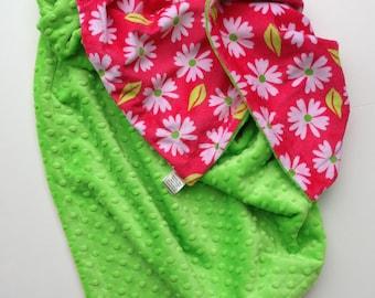 Minky Baby Blanket, Daisy Blanket,Flower Baby Blanket, Minky Crib Blanket, Baby Girl Blanket,Lime Pink Blanket,Crib bedding Size 36 x 45 in