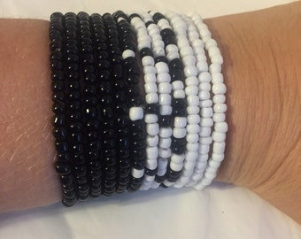 Set of 12 Black and White stretch bracelets