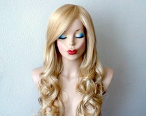 Blonde wig. Long wavy hair golden blonde color Durable Heat resistant synthetic wig for daily use or cosplay