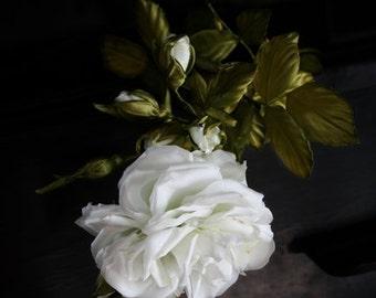 White wedding hair flower Bridal hairpiece Wedding hair accessories Silk bridal hair clip White rose hair flower Silk flower brooch