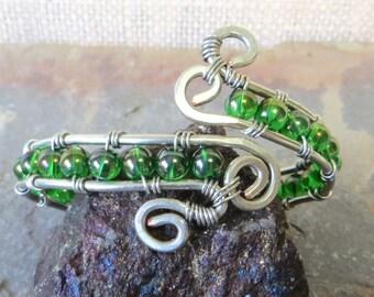 Wire wrap silver bracelet, bangle bracelet, boho bracelet, cuff bracelet, green bead bracelet