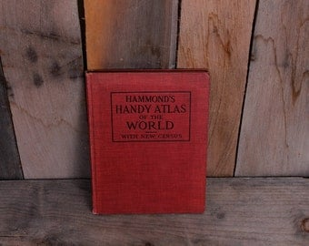 1912 Hammonds Handy Atlas of the World with New Census Maps Cartography