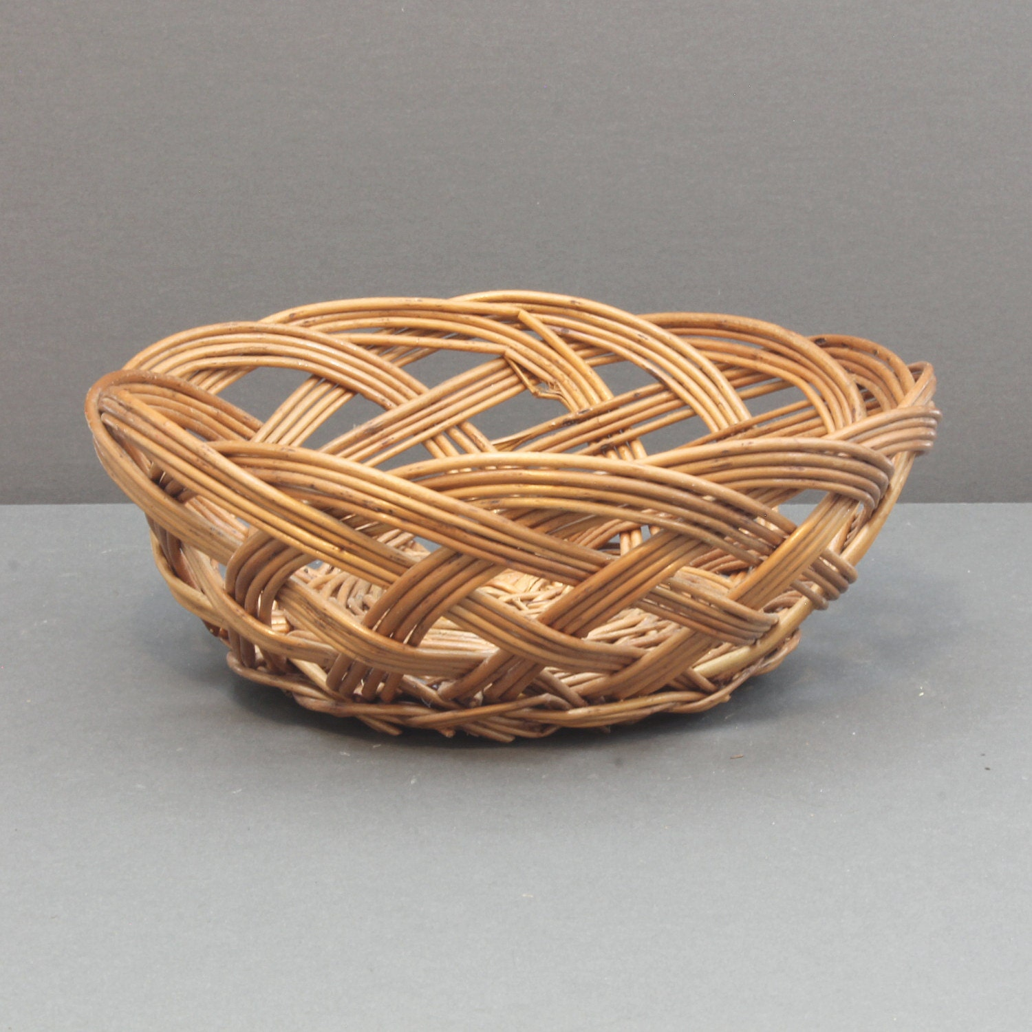 Basket Weaving Round Reed : Clearance woven reed basket round scalloped golden